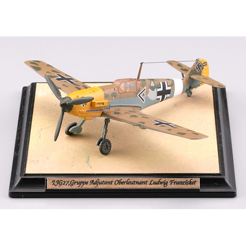 【クリックでお店のこの商品のページへ】トミーテック技MIX WW103 Bf109E-7/Trop 第27戦闘航空団第I飛行隊