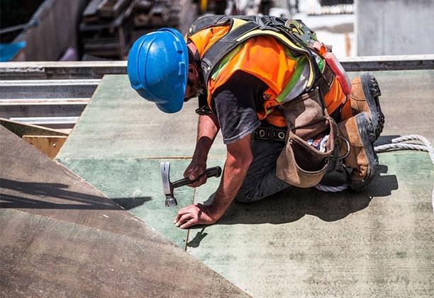 建設現場など屋外で働く方へ熱中症対策6選